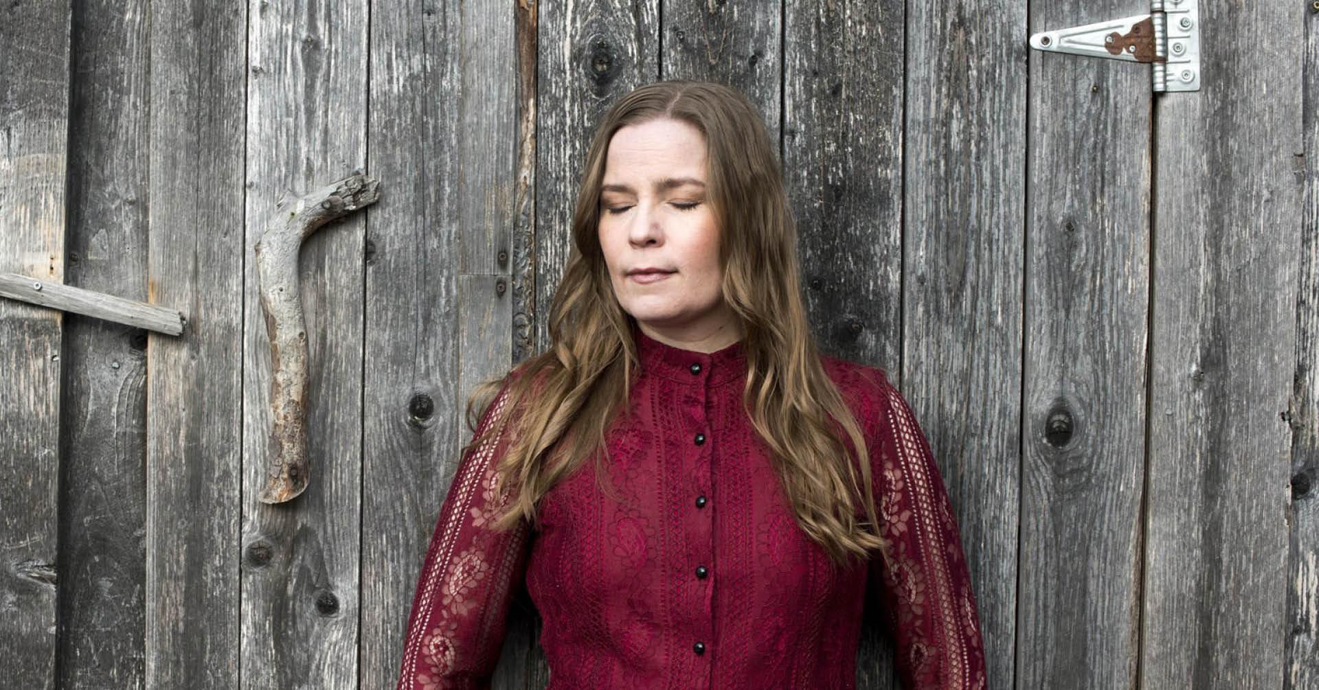 Johanna Iivanainen - Broken River levynjulkaisukonsertti